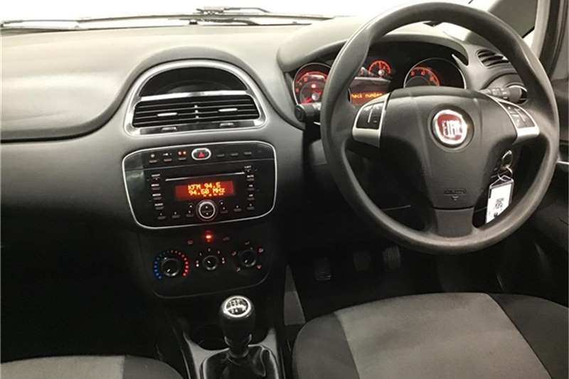 Fiat Punto 1.4 Easy 2014