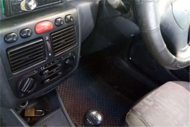 Fiat Strada 1.4 Working 2010