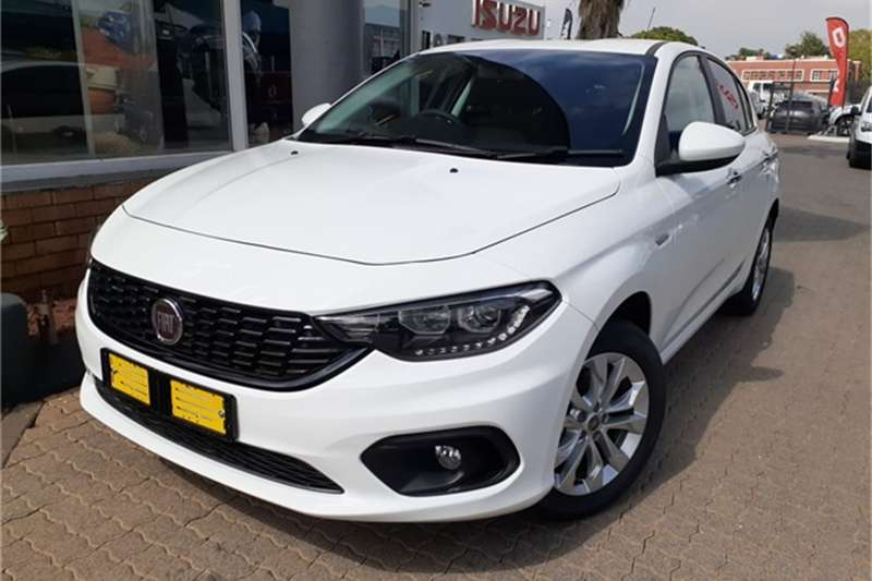 Fiat Tipo hatch 1.4 Easy 2019