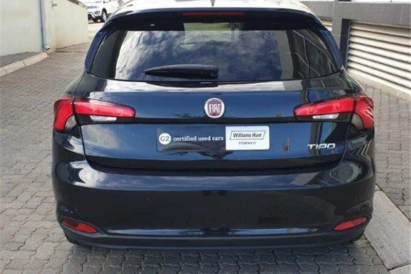 Fiat Tipo hatch 1.4 Easy 2020