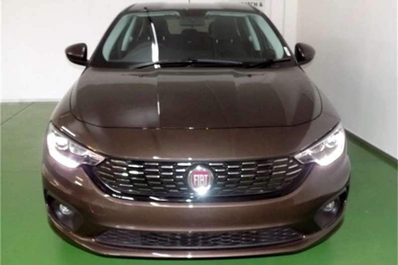 Fiat Tipo hatch 1.4 Lounge 2019