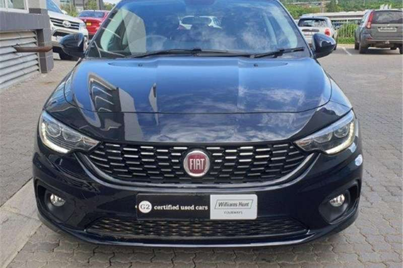 2020 Fiat Tipo hatch 1.4 Easy