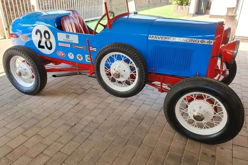 Ford Anglia Model A Racer 2009