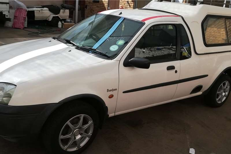 Ford Bantam 1.3i XL 2004
