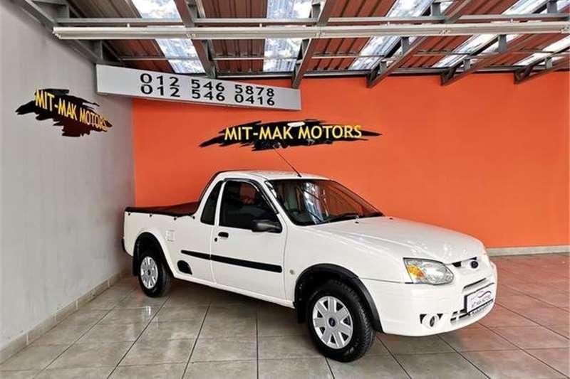 Ford Bantam 1.3i XL 2010