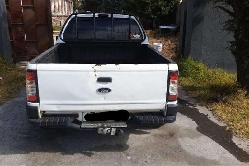 Ford Bantam 1.3i XL 2012