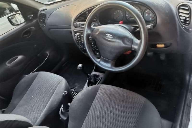 Ford Bantam 1.6i 2011