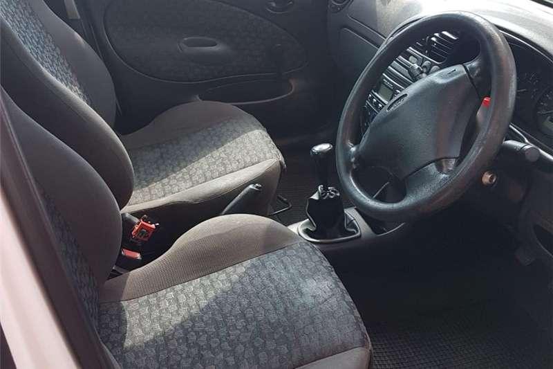 Ford Bantam 1.6i (aircon) 2004