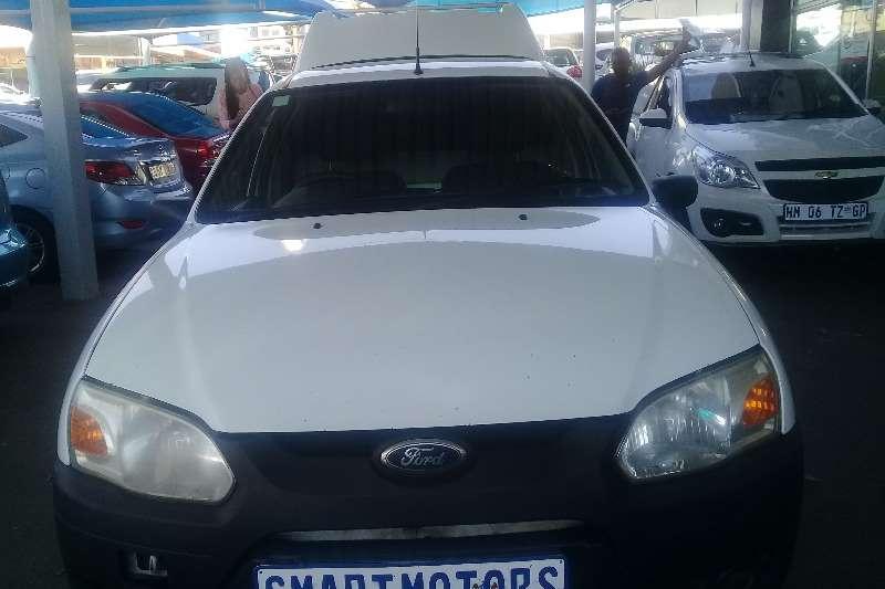 Ford Bantam 1.6i XL 2012