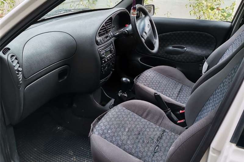 Used 2003 Ford Bantam