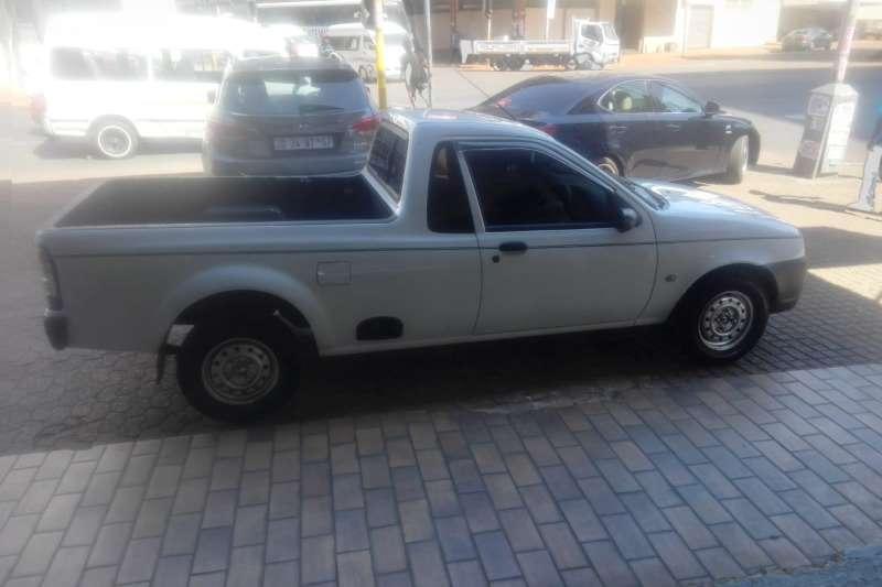 Ford Bantam FORD BANTAM 1.6 2012