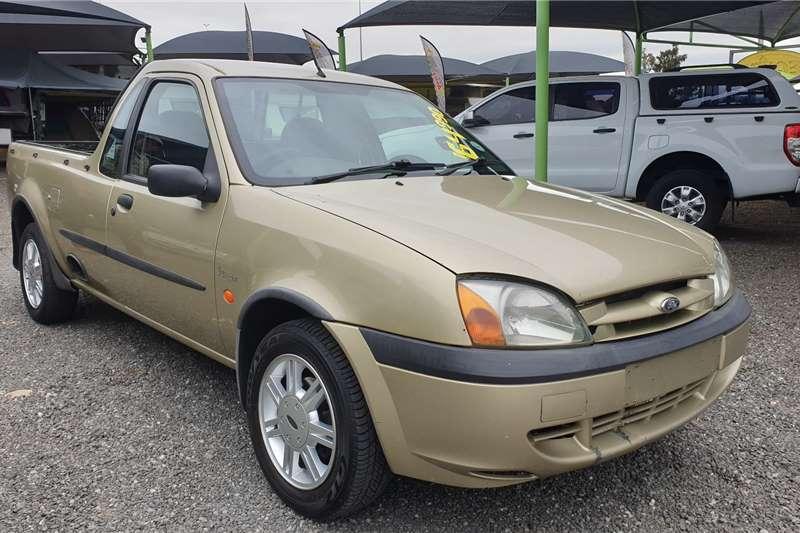 2003 Ford Bantam 1.6