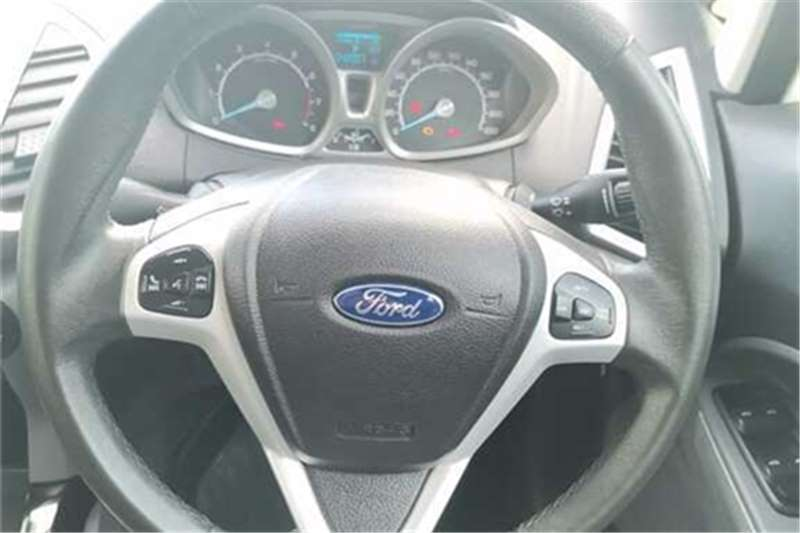 Ford EcoSport 1.5 Titanium auto 2016