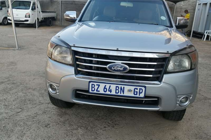 Ford Everest 2.2 XLS auto 2011
