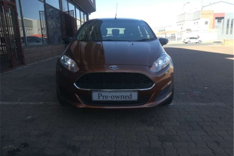 Ford Fiesta 1.4 3 door Titanium 2016