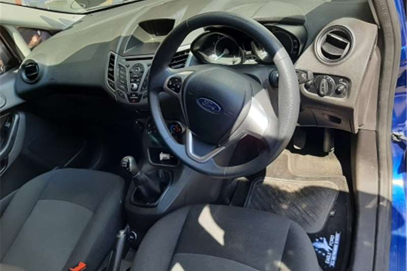 Used 2017 Ford Fiesta 1.4 3 door Titanium