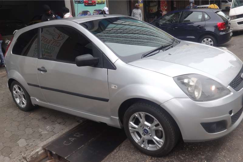 Ford Fiesta 1.4 5 door Ambiente 2006