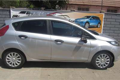 Ford Fiesta 1.4 5 door Ambiente 2012