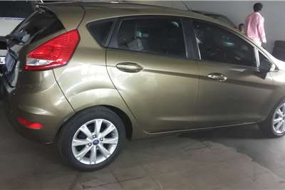 Ford Fiesta 1.4 5 door Ambiente 2013