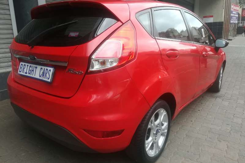 Ford Fiesta 1.4 5-door Ambiente 2014