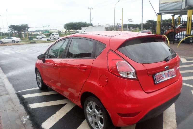 Ford Fiesta 1.4 5-door Ambiente 2014