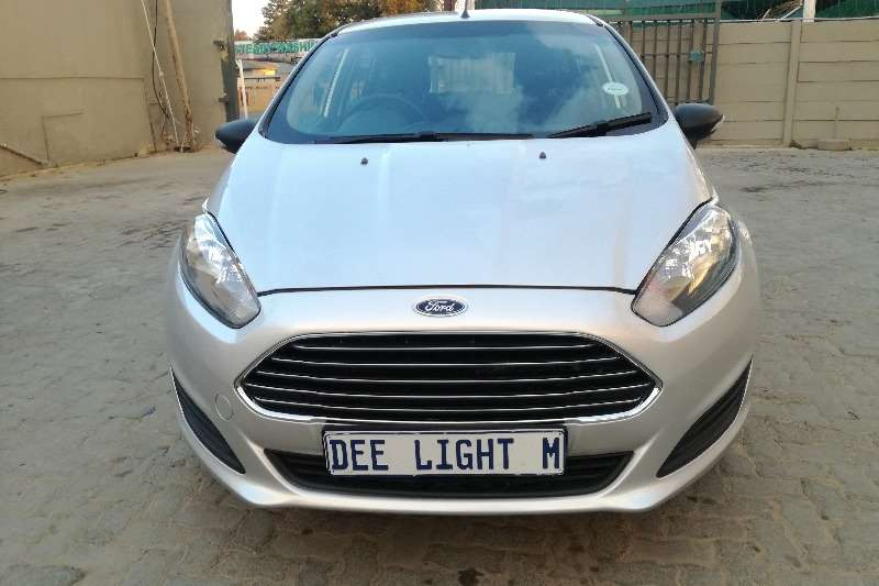 Ford Fiesta 1.4 5 door Ambiente 2015