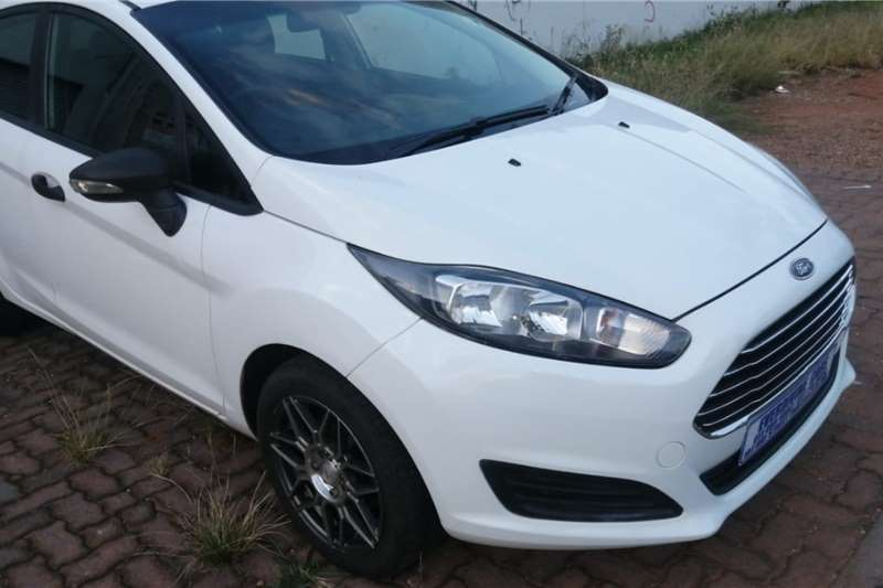 Ford Fiesta 1.4 5 door Ambiente 2016