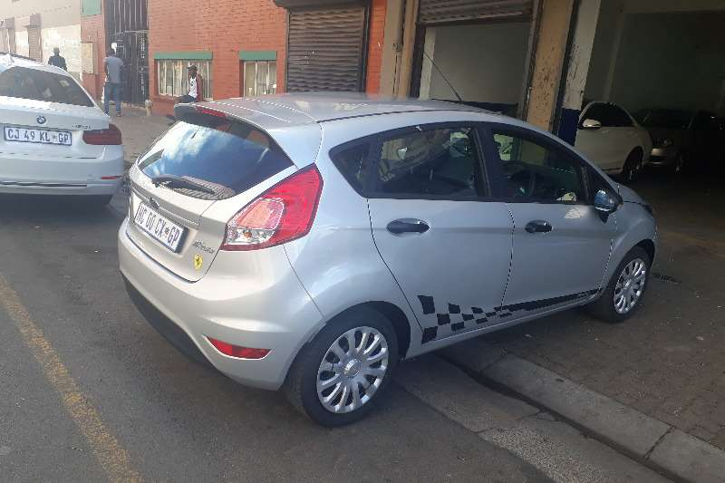 Ford Fiesta 1.4 5 door Ambiente 2017