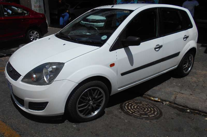 Ford Fiesta 1.4 5 door Trend 2006