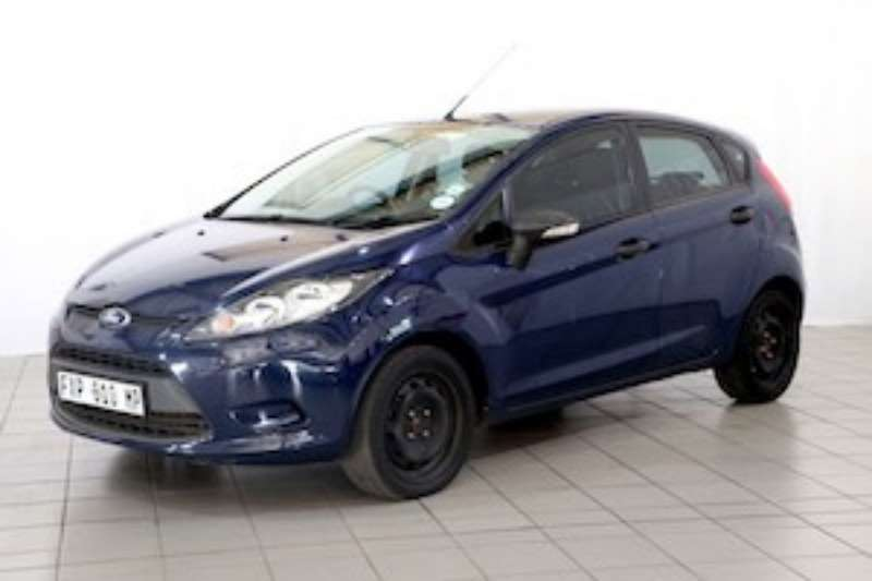 Ford Fiesta 1.4 AMBIENTE 5DR 2012