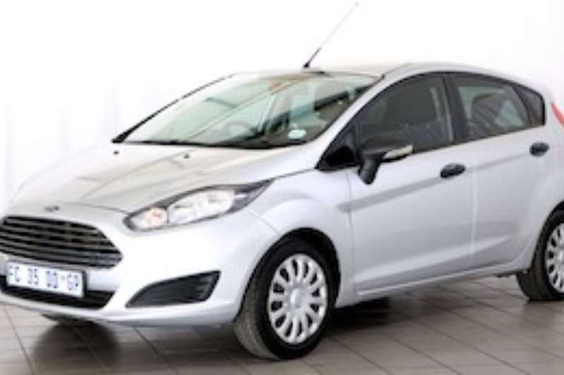 Ford Fiesta 1.4 AMBIENTE 5DR 2016
