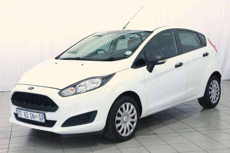 Ford Fiesta 1.4 AMBIENTE 5DR 2017
