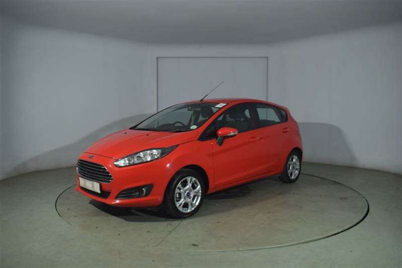 Ford Fiesta 1.4 TREND 5DR 2015
