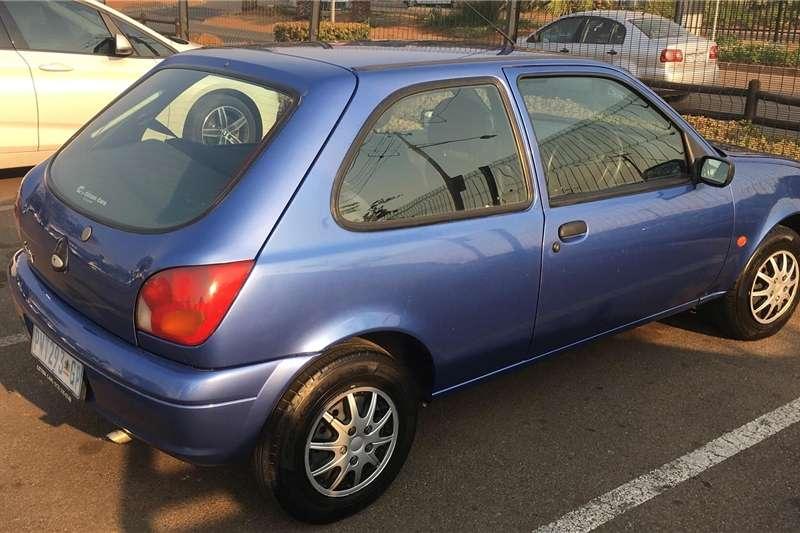 Ford Fiesta 1.4i 3 door Trend 1998