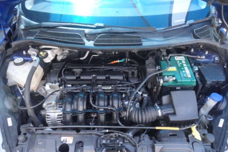 2014 Ford Fiesta Fiesta 1.4i 5-door