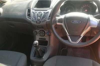 Ford Fiesta 1.4i 5-door 2015