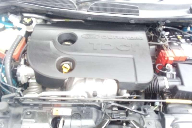 Ford Fiesta 1.4i 5 door 2015