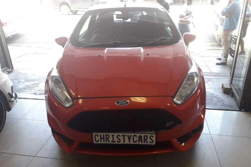Ford Fiesta 1.6 3 door ST 2013