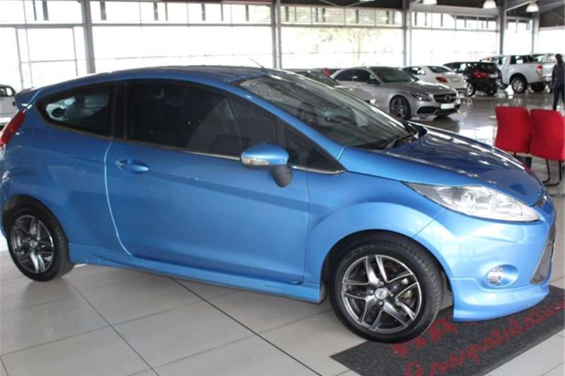 Ford Fiesta 1.6 3 door Titanium 2011