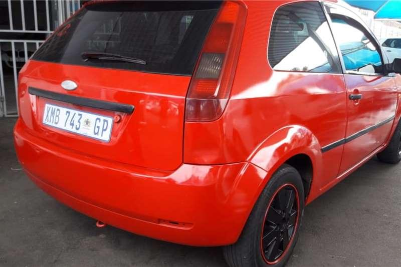 Ford Fiesta 1.6 5 door Ambiente 2005