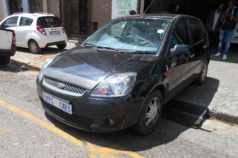 Ford Fiesta 1.6 5 door Ambiente 2008