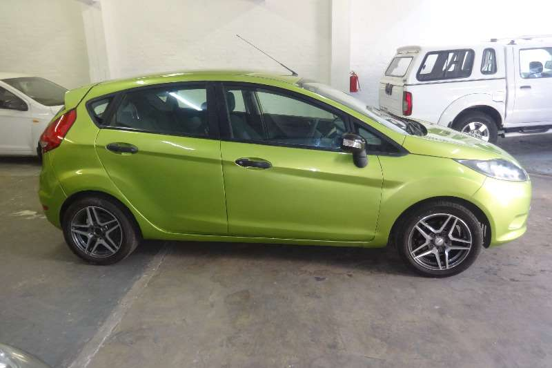 Ford Fiesta 1.6 5 door Ambiente 2010
