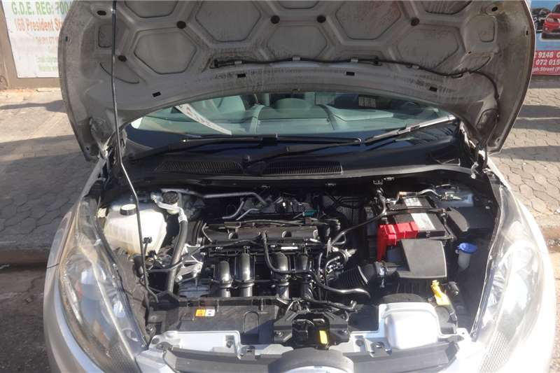 Ford Fiesta 1.6 5 door Ambiente 2010