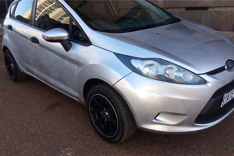 Used 2010 Ford Fiesta 1.6 5 door Ambiente