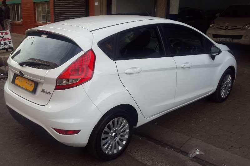 Ford Fiesta 1.6 5 door Ambiente 2012