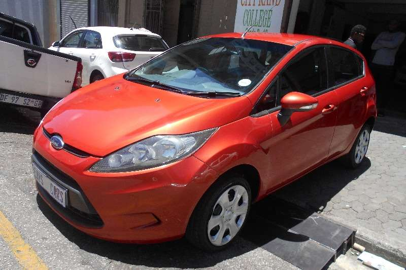 Ford Fiesta 1.6 5 door Ambiente 2012