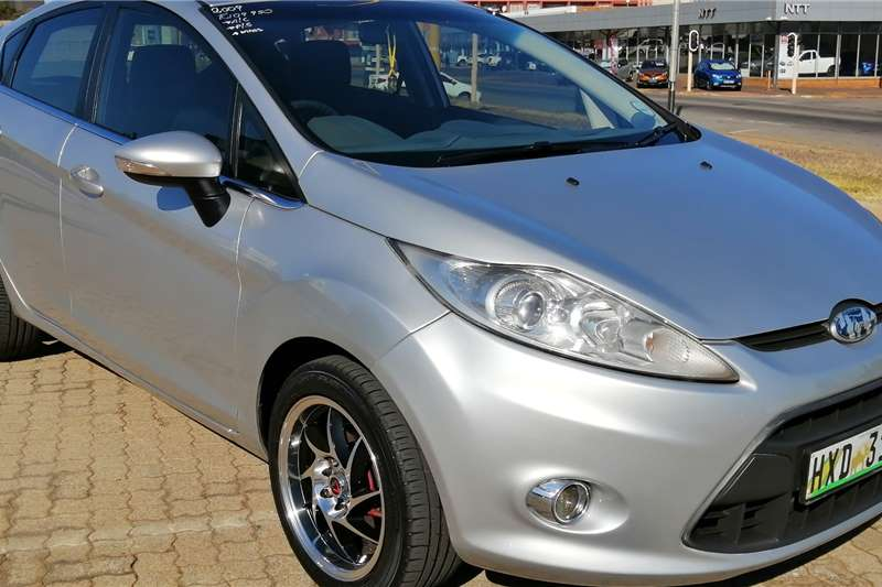 Ford Fiesta 1.6 5 door Titanium 2009