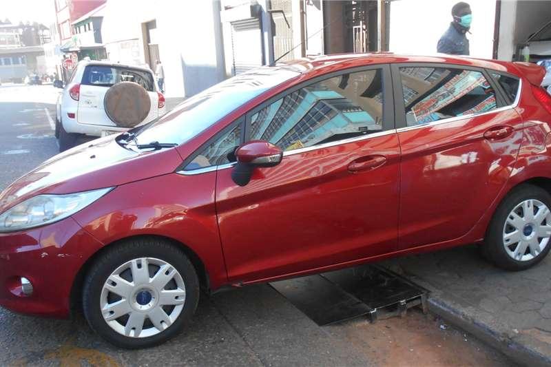 Ford Fiesta 1.6 5 door Titanium 2009