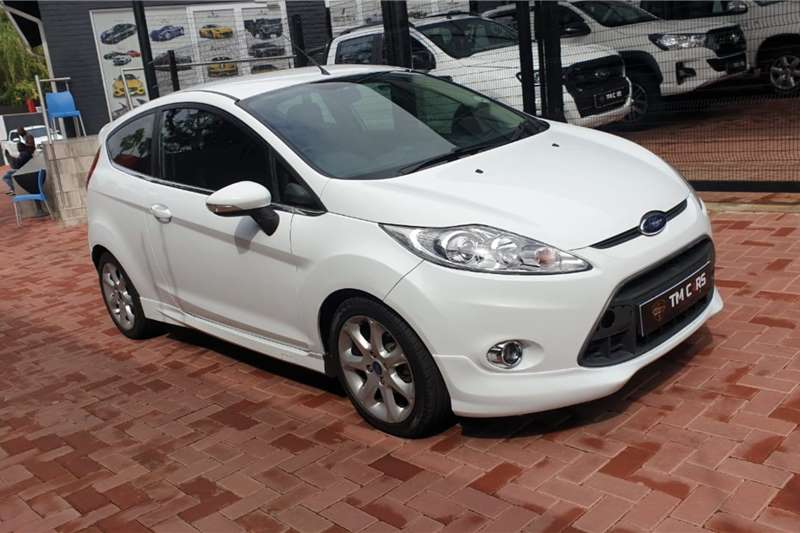 Ford Fiesta 1.6 5 door Titanium 2012