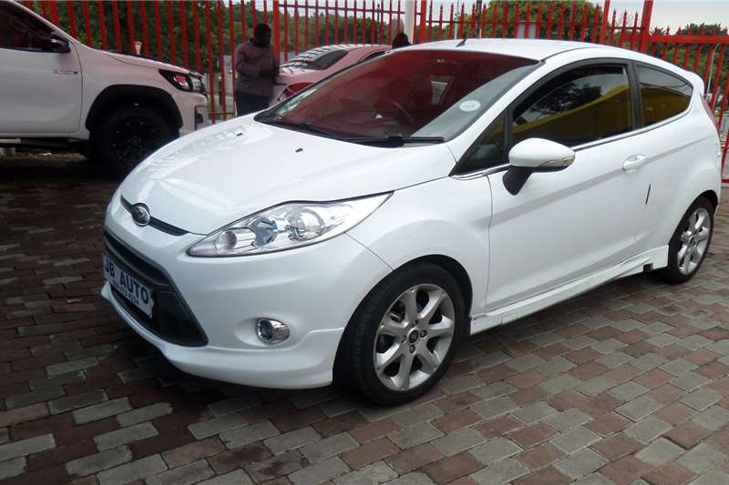Used 2012 Ford Fiesta 1.6 5 door Titanium